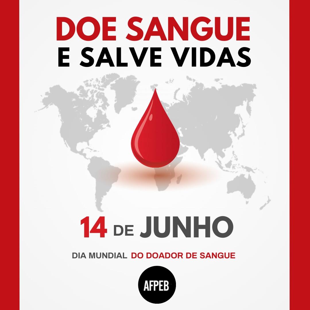 O Dia Mundial do Doador de Sangue é celebrado em 14 de junho, como uma forma de conscientização sobre a importância de doar sangue. De acordo com levantamento recente do Ministério da Saúde, apenas 1,6% da população nacional aposta na boa prática. Isto é, a cada mil brasileiros, somente 16 doam sangue - um ato que pode salvar muitas vidas.   Uma única doação de sangue, de 450 mililitros, é suficiente para salvar a vida de até 4 pessoas. Além disso, essa quantidade é reposta no organismo em 24 horas. Para doar sangue, é preciso ter de 16 a 69 anos, desde que a primeira doação tenha sido feita até 60 anos (menores de 18 anos devem apresentar consentimento formal do responsável legal); pesar no mínimo 50 quilos; e estar alimentado. No dia da coleta, o doador não deve ingerir alimentos gordurosos antes da doação; deve ter dormido pelo menos seis horas nas últimas 24 horas; e apresentar documento oficial de identificação com foto.  A doação, além de ser uma atitude solidária, traz inúmeros benefícios. Estudos indicam que a ação ajuda a reduzir o risco de doenças cardiovasculares e alguns tipos de câncer, como os de pulmão, fígado e garganta. Outra vantagem é que o doador é submetido, sem nenhum custo, a uma série de exames que podem identificar doenças. Com isso, o adepto da prática também cuida da sua própria saúde.   #doesangue #doaadordesangue #afpeb #afpeba  #servidoresdabahia #trabalhadorespublicos #Bahia #servidoresmunicipais #servidoresfederais #trabalhadoresdoestado #trabalhadoresdosmunicipios #trabalhadoresdauniao